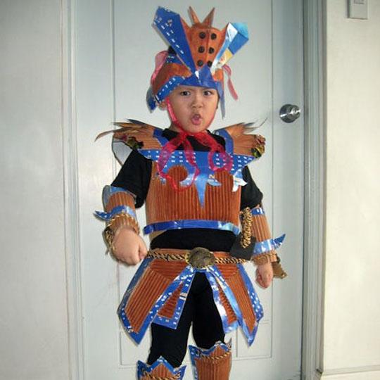 DIY Cardboard Costumes: Corrugated Samurai
