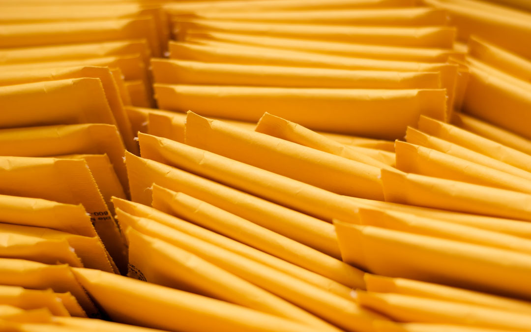 5 Words Worth Knowing for Buying Mailers