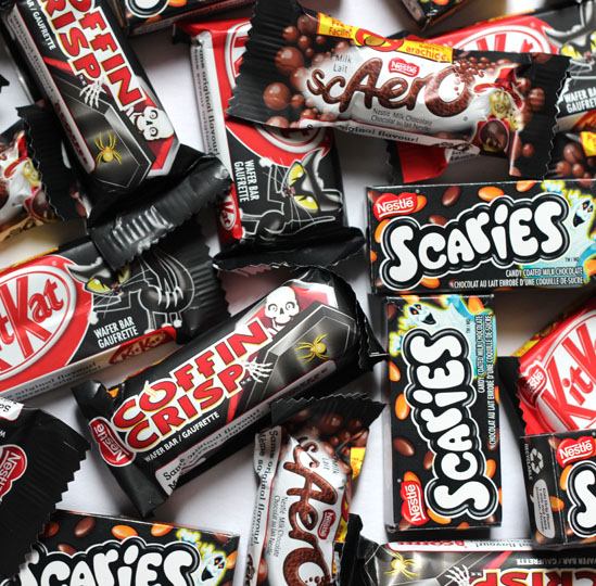 Halloween Candy Packaging: Nestle