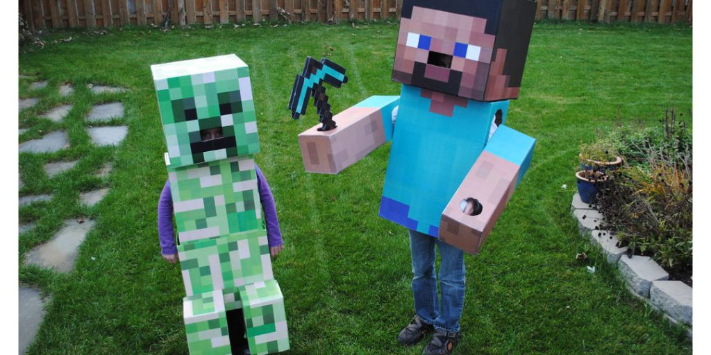 Halloween Corrugated Costumes: Creeper & Steve