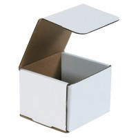 Indestructo Mailers, White, 4 3/8 x 4 3/8 x 3 1/2""