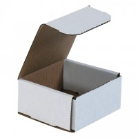 Indestructo Mailers, White, 4 x 4 x 2""